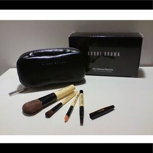 Bobbi Brown Mini Makeup Organizer 4pcs Brush Set